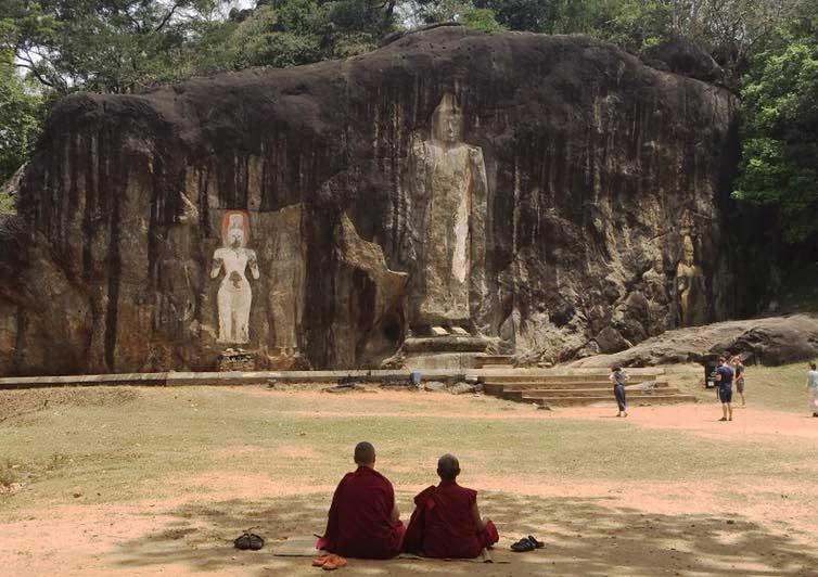 ven Lekdron Ven Birgit meditating