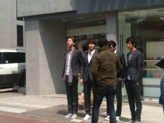 cnblue olive young10