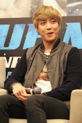 cnbluemoon sg presscon120