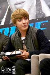 cnbluemoon sg presscon83