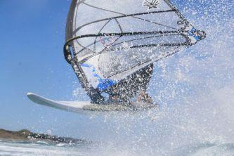 Windsurf 047