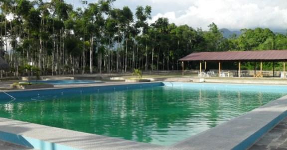 natura-viva-tarapoto-swimming