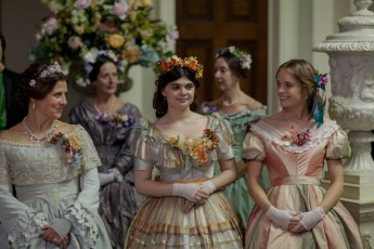 HAT TRICK FOR ITV DOCTOR THOREN EPISODE 3 Pictured: REBECCA FRONT as Lady Arabella Gresham, GWYNETH KEYWORTH as Augusta Gresham and CRESSIDA BONAS as Patience Oriel. This image is the copyright of ITV and must only be used in relation to DOCTOR THORNE.