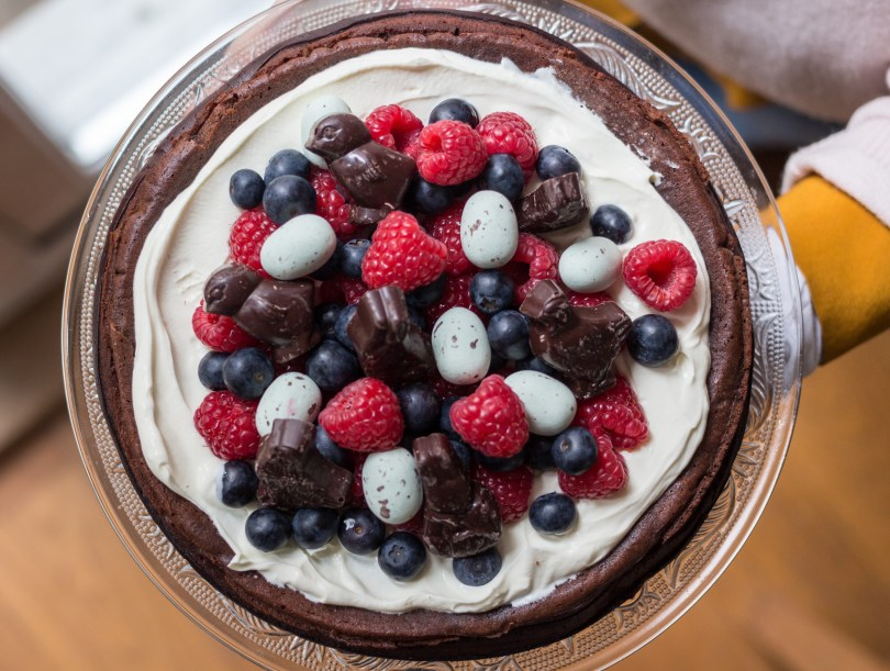 (Almost) Flourless Chocolate Easter Cake