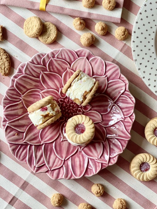 Tara Makes - No Churn Ice Cream Sandwiches