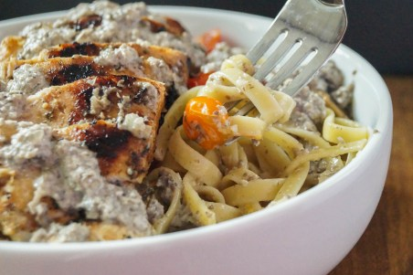 pasta with mushroom cream sauce (3 of 3)