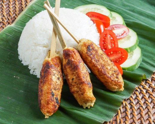 Sate Lilit Ayam (Balinese Chicken Satay) with rice