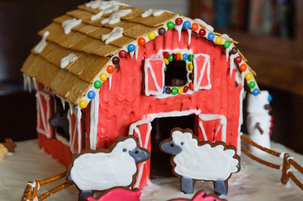 Gingerbread Farm (8 of 10)