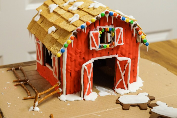 Gingerbread House 1 (11 of 14)