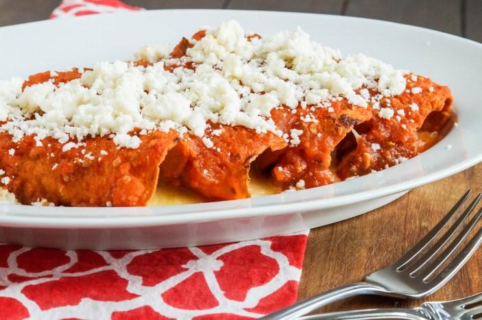 Enchiladas Rojas de Queso (Red Enchiladas with Cheese) (10 of 11)