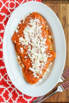 Enchiladas Rojas de Queso (Red Enchiladas with Cheese)