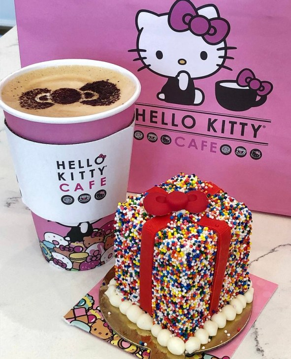Sprinkle Birthday Present Cake and Latte from Hello Kitty Cafe.