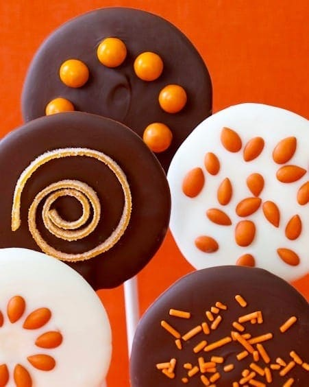 Easy Halloween Chocolate Lollipops with candy sprinkles from Tara Teaspoon