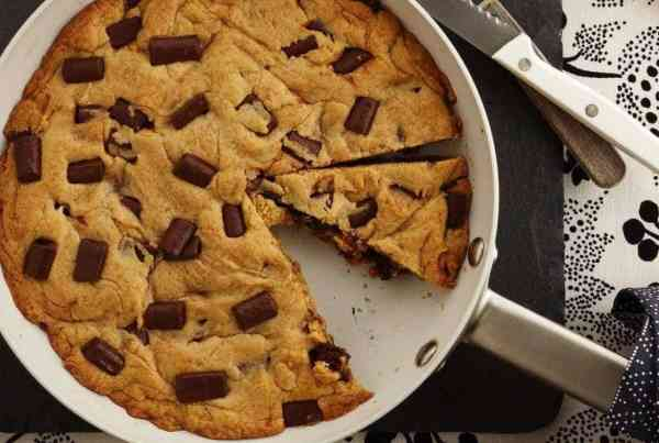 The best skillet chocolate chip cookie on black and white