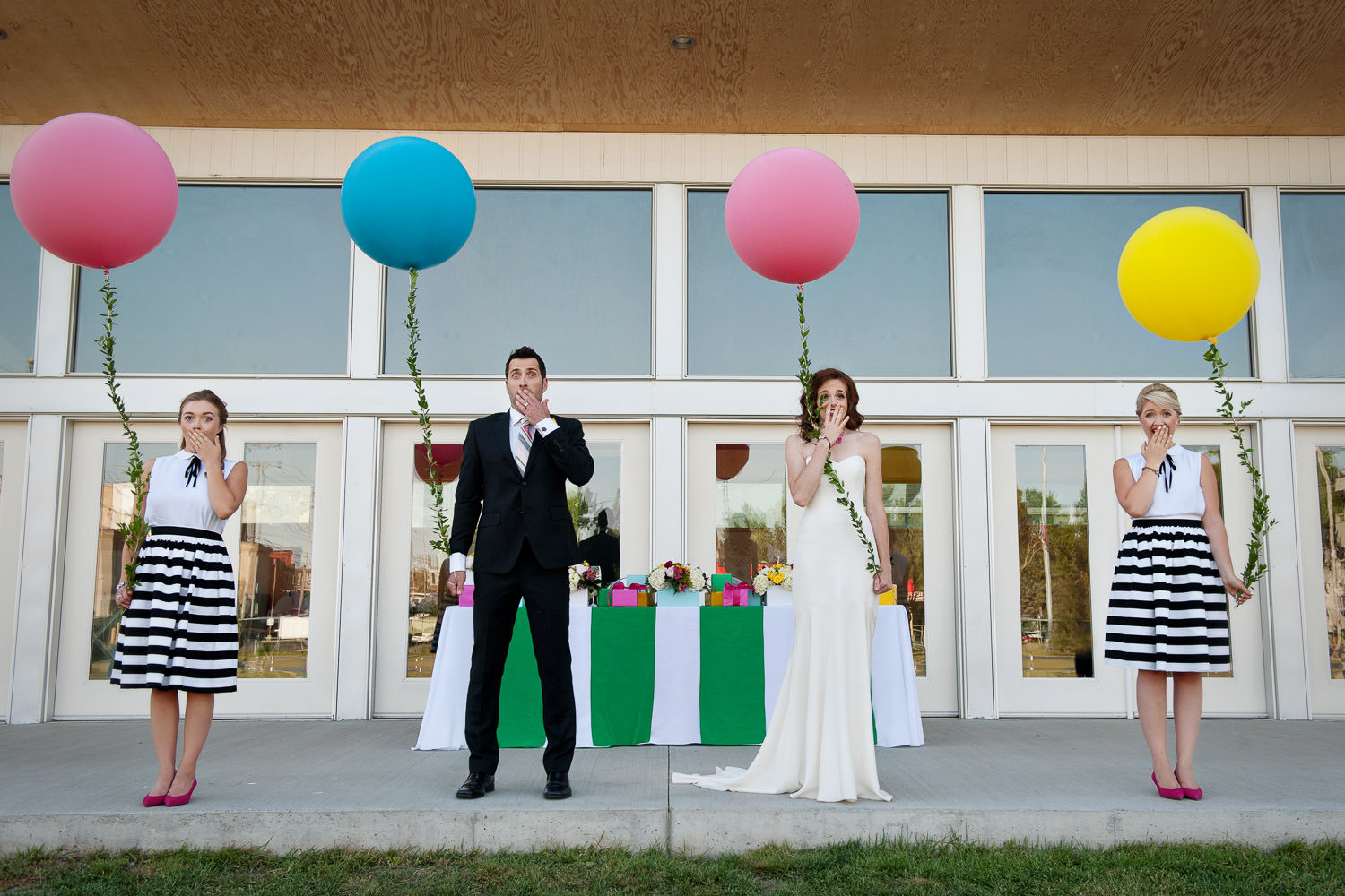 bridal party at Inglewood Lawn Bowling Club captured by Tara Whittaker Photography