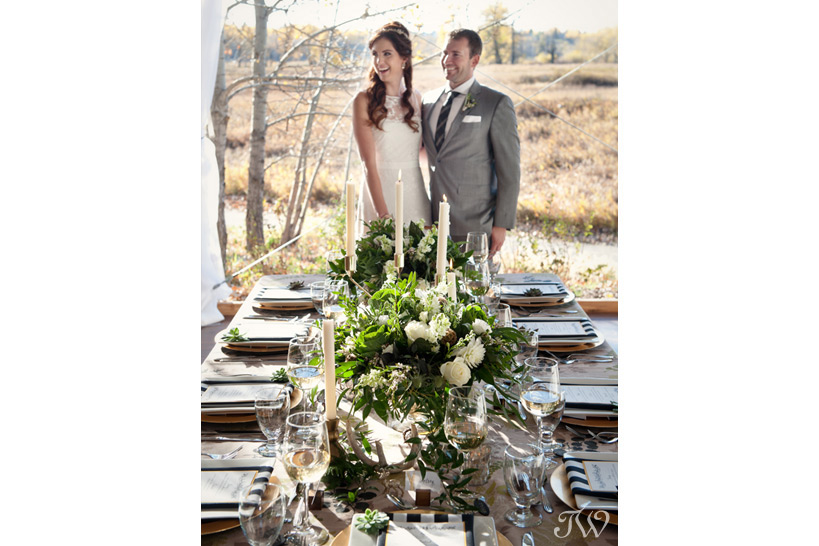 bride & groom at their wedding in Fish Creek Park captured by Tara Whittaker Photography