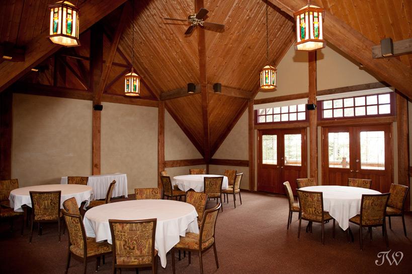 Strathcona Room at Buffalo Mountain Lodge captured by Tara Whittaker Photography