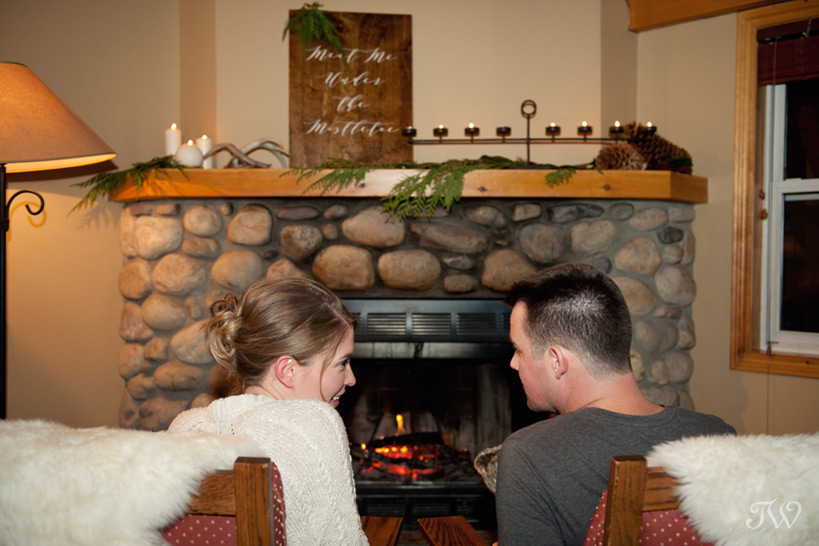 Cozy hotel room at Buffalo Mountain Lodge styled by Naturally Chic captured by Tara Whittaker Photography