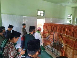 Ziarah Makam Ulama Minangkabau