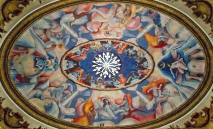 Mural de Carlos Cañas en el plafón de la Gran Sala del Teatro Nacional de San Salvador