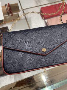 Louis Vuitton Paris France Pochette Félicie Louis Vuitton Champs-Élysées Monogram Empreinte Leather