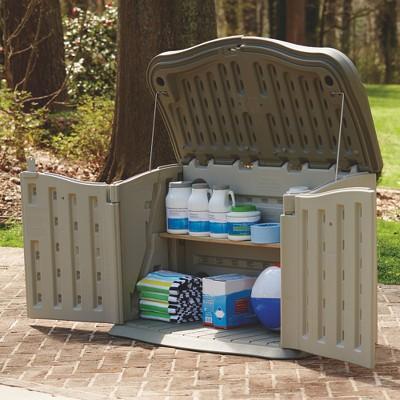 rubbermaid patio storage target