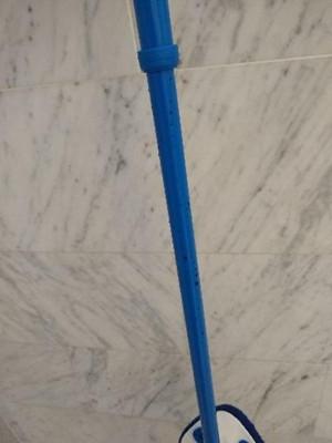 clorox extendable pole tub tile scrubber