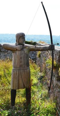A longbow archer
