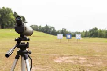 Spotting scope at a range