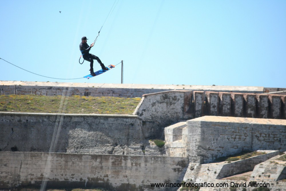 https://i2.wp.com/tarifakite.files.wordpress.com/2017/06/6-7-jun-2017-kitesurf-tarifa-_18.jpg?w=1000&h=&crop&ssl=1