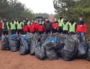 Eskişehir'deki Ormandan 50 Çuval Çöp Çıktı