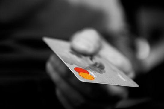 Como prevenir la clonacion y robo de tarjeta de credito
