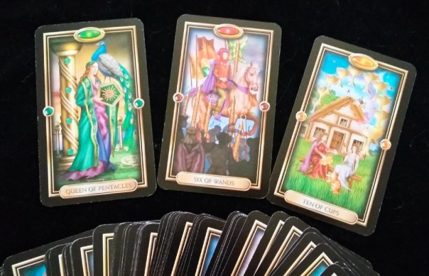 How to be a good tarot reader