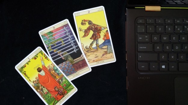 15 Tips For Giving Accurate Online Tarot Readings