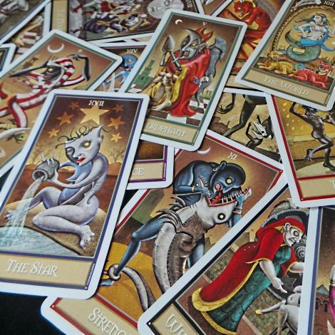 Deviant Moon Tarot Card Meanings - Tarot Study