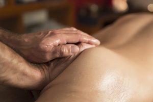 Massagem tarotântrica resgate da espontaneidade e do prazer de viver