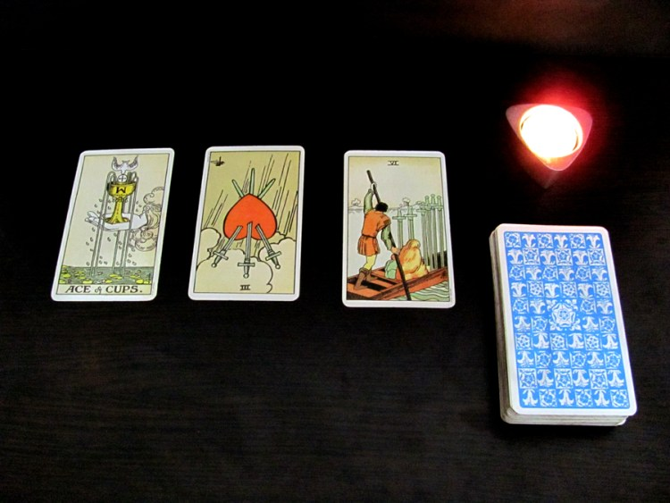 Tarot spread, 3 cards 1