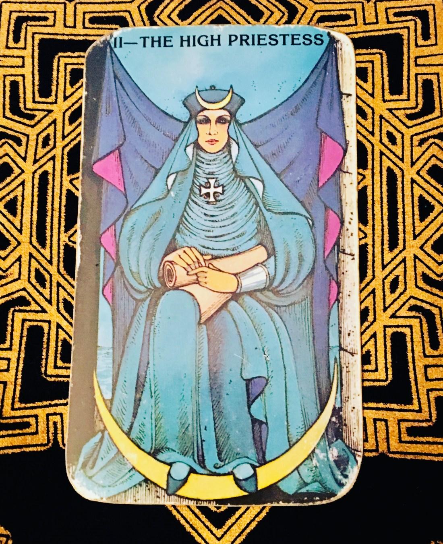 High Priestess Major Arcana card.