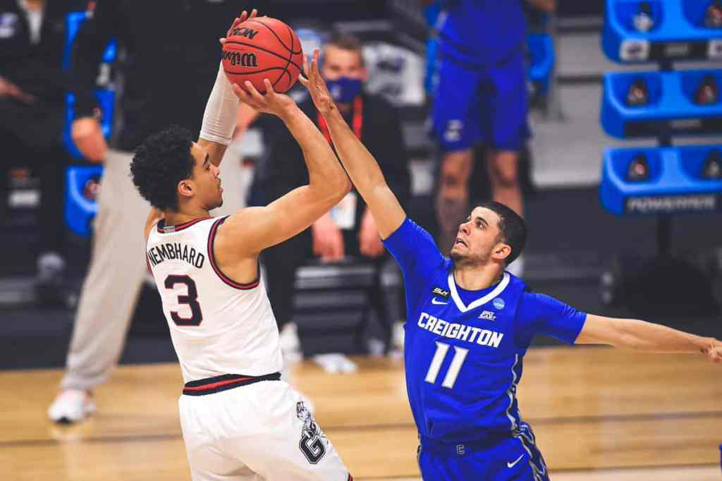 Andrew Nembhard rises up for a shot over Marcus Zegarowski in Gonzaga's Sweet Sixteen game against Creighton. They face USC in the Elite Eight on Tuesday.