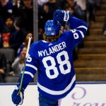 Nylander Scores to Lift Maple Leafs Over Habs 2-1