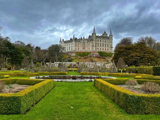 Gardens and castle at Dunrobin