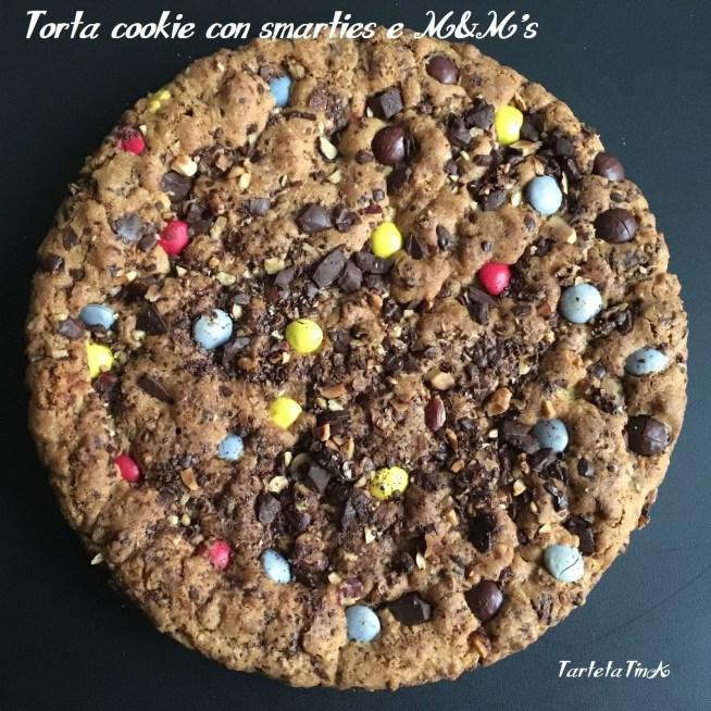 Torta cookie con smarties e M&M's