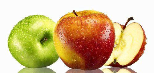 تفاحة في اليوم ضرورة لمن تجاوز الخمسين