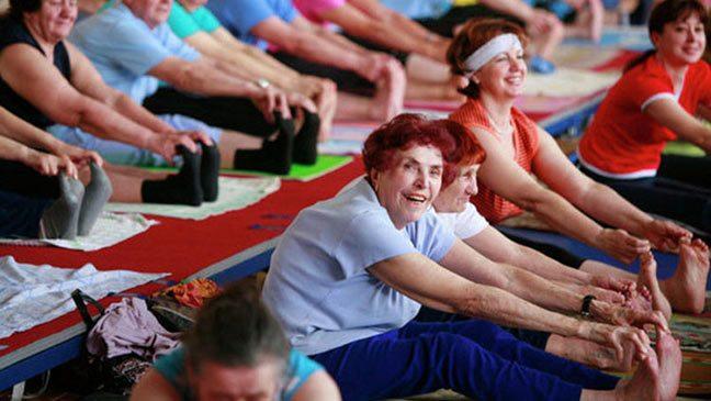 دقائق من النشاط البدني تطيل عمر المسنين
