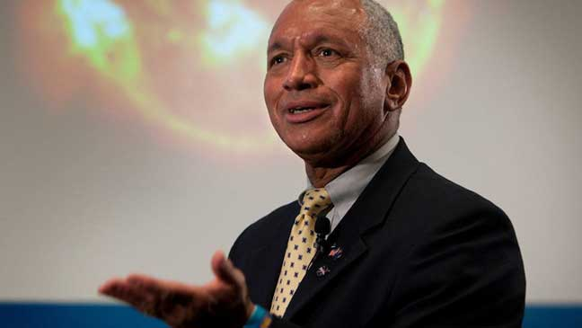 مدير وكالة ناسا ينفي إخفاء أية مركبات لكائنات فضائية في قاعدة نيفادا السرية