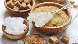سكر الفواكة أفضل بديل لاستخدام سكر التحلية ويجب أن يكون المصدر الرئيسي للسكريات في النظام الغذائي