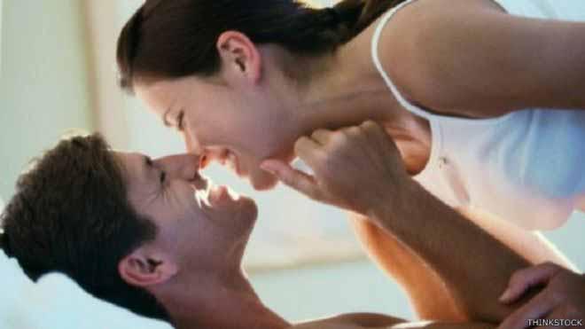 """المشاركة في رعاية الأبناء """"تحسن الحياة الجنسية"""" للزوجين"""