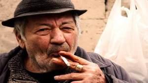 ترك التدخين مضر للذين يعانون من فقدان الشهية