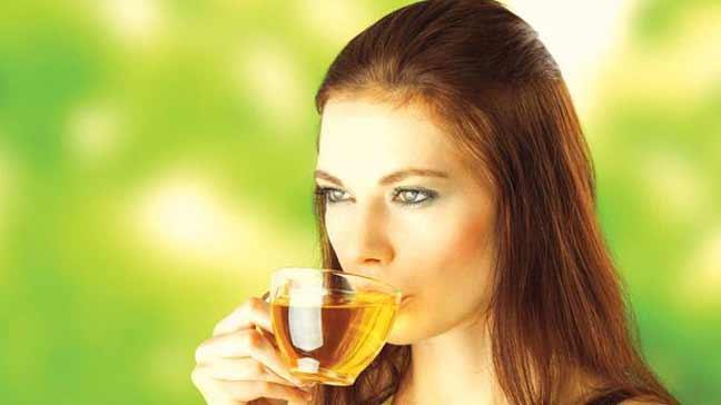 ما الذي يقدّمه الشاي الأخضر لصحتك؟