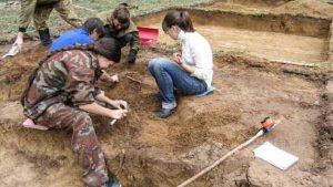 روسيا.. العثور على أقدم هياكل عظمية حيوانية